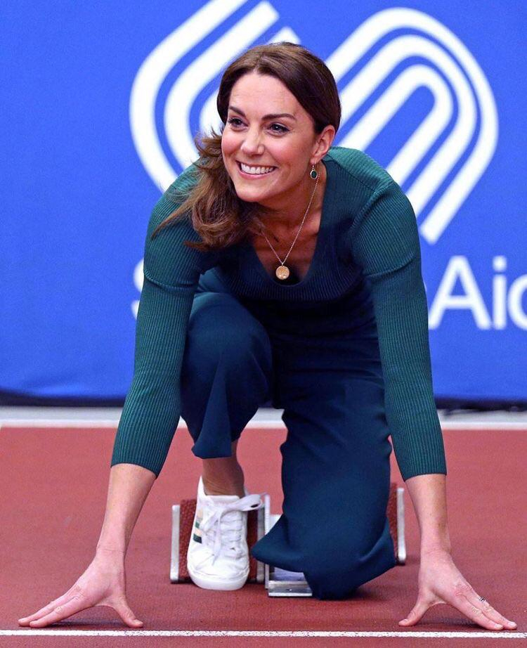 February 26/2020: Following an evening on the West End last night, it was a decidedly sporty morning for the Duchess of Cambridge! She visited the Olympic Park in Stratford, to join a SportsAid event dedicated to celebrating the role that parents and   Kate Middleton  Porn XXX   Celebrity Nakeds XXX