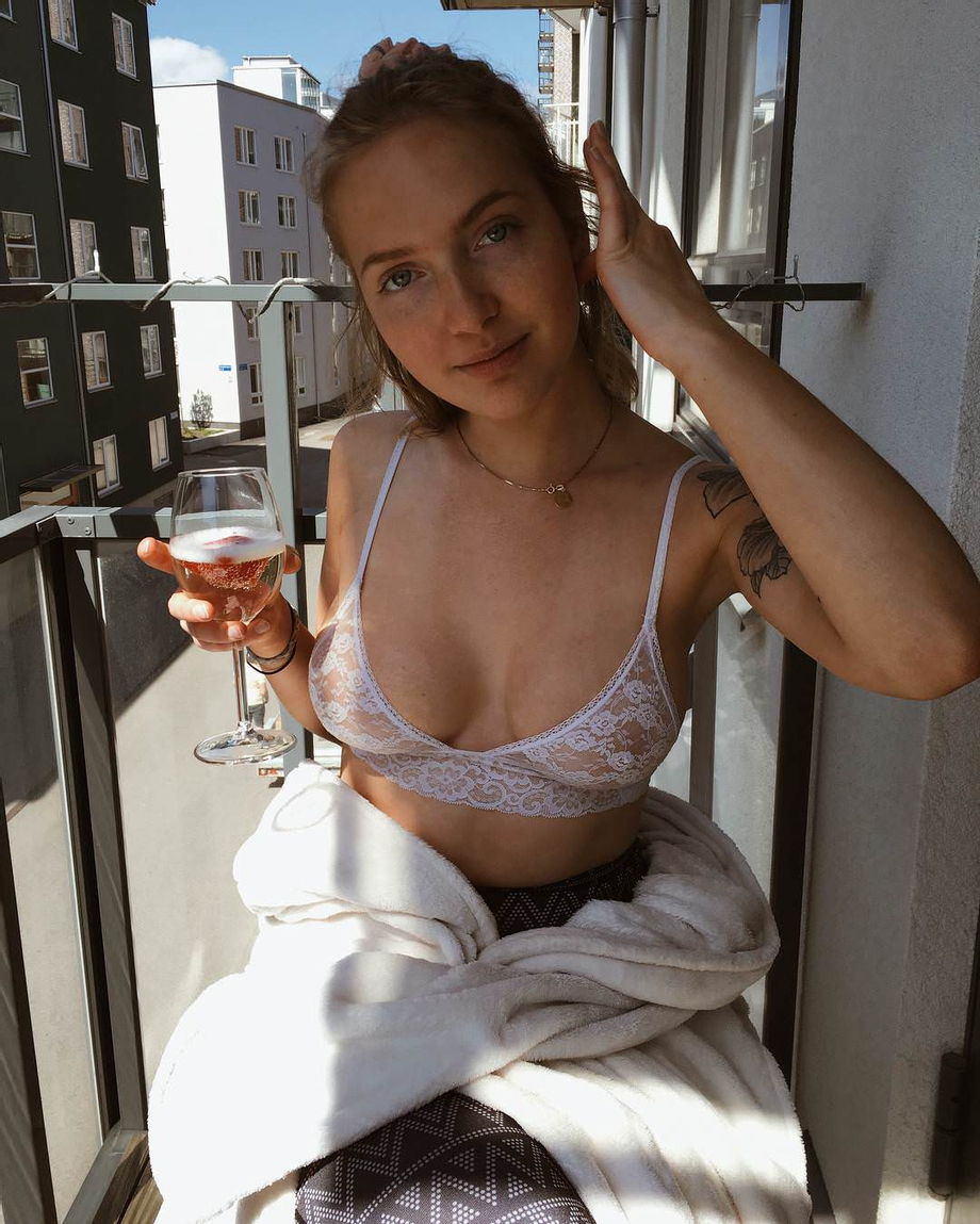 [IG] No shirt and see-through bra | Social Media Sluts  Porn XXX | Celebrity Nakeds XXX