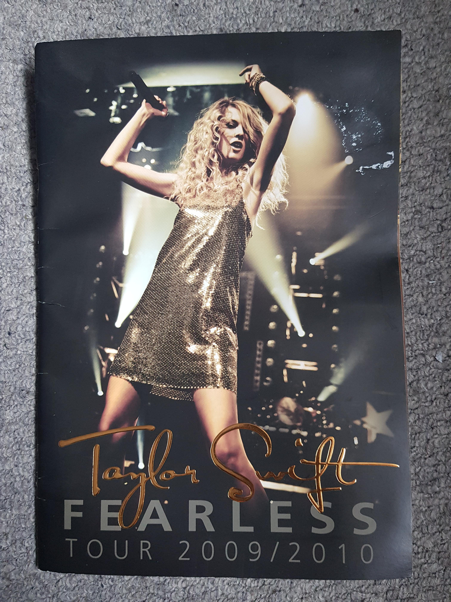 Would anyone like this? Fearless Tour book from seeing Taylor in the UK in 2010   Taylor Swift  Porn XXX   Celebrity Nakeds XXX